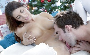 Admirable brunette in nylons gets shagged and jizzed over her shaved pubis