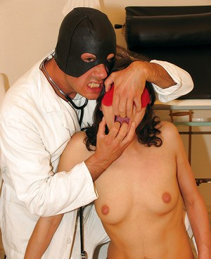 Tempestuous amateur brunette is blind-folded and mouth-fucked