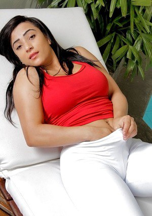 Graceful Latina fatty Suellen chooses the right time for masturbation