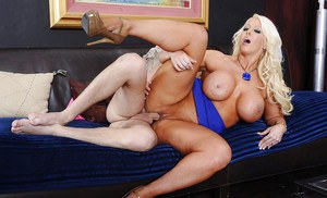 There are a lot of things hot cougar Alura wants to do with that cock