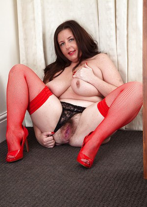 Mature fatty in red dress Jessica Jay wants her hairy hole banged