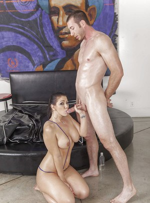 Engaging babe with gorgeous ass Madison Rose is real anal queen