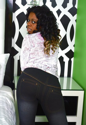 Ebony chick Blue Love is a pretty voluptuous babe with kind heart