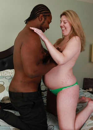 Pregnant amateur babe Shay sleeps with black guy that has awesome cock