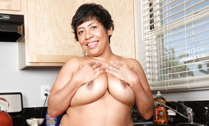 Mature Latina fatty Izabel remembers what it is to be very sexy