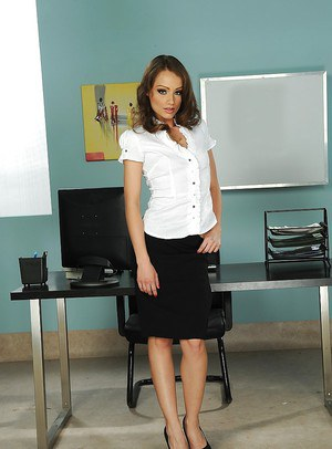 Perky european office hottie undressing and exposing her slippy curves