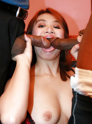 Amateur Asian babe Jenny Pak gets on wild, big and dark-skinned prick