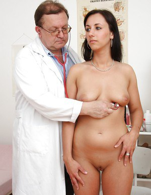 Pretty snoutfair agreeable woman Terra Sweet gets medical treatment