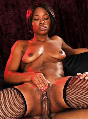 Horny ebony pornstar Imani Rose is tongued and then jizzed well
