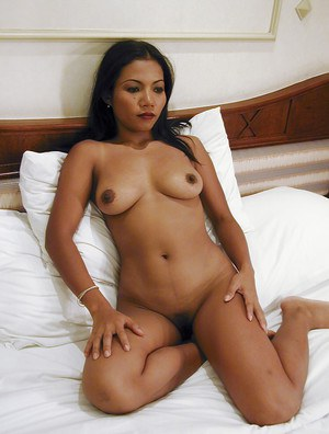 Enthusiastic Asian milf Pla is playing with her hairy kitten