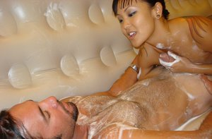 Faithful Asian donah Jandi opens her heart and her dirty mouth