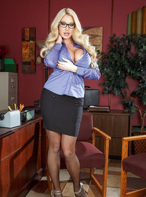 Cool babe in glasses Summer Brielle undresses slowly in office room