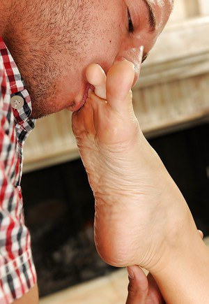 Courageous Asian foot fetish babe Katsuni gives her best footjob