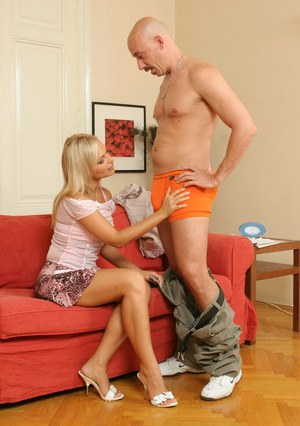 Skillful milf Sylvia Laurent is doing incredibly talented blowjob