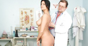 Gyno fetish scene by old doctor and gorgeous brunette Melissa Ria