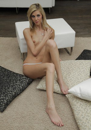 Blonde babe Sindy Vega is showing off her skinny body on camera