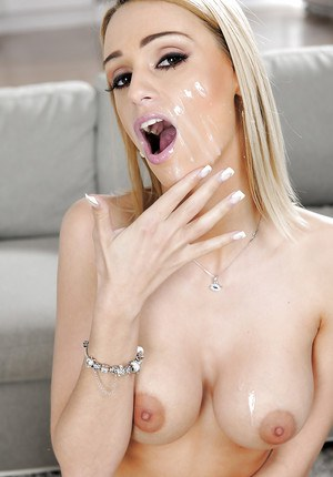 Big cock of an handsome boyfriend is penetrating Erica Fontes