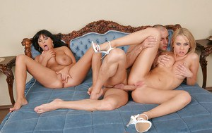 Groupsex action with an amazing cowgirls Jasmine Black and Mandy Dee