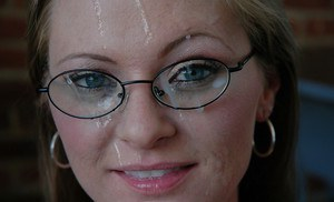 Hardcore fuck of a busty milf chick in sexy glasses Allison Kilgore