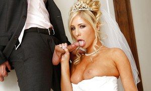 Blonde babe Tasha Reign is having an crazy fuck with her husband