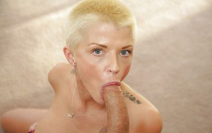 Lovely milf Joslyn James demonstrates her skills in making blowjobs