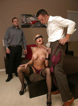 Gorgeous milf Brandi Love rides a dick and gets a sperm on the face