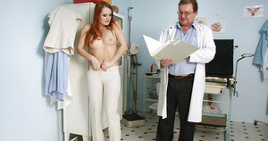 Shameless babe Denisa Heaven playing with a doctor in adult games