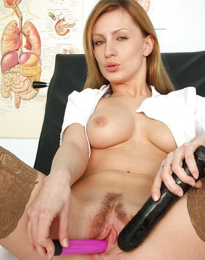 Arrogant milf Olga Barz playing with her vagina and showing boobies