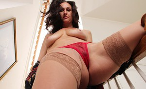 Sensate mature with yummy ass Genevieve Crest fingering on stairs