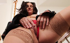 Genevieve Crest has a creamy-skinned body and loves masturbating