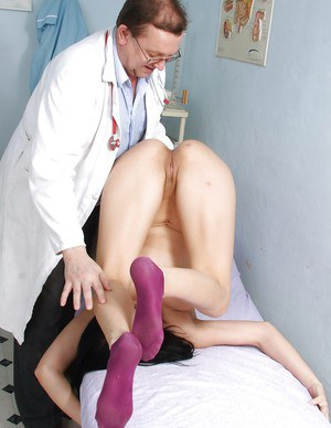 Big tits babe Roxy Taggart has a strong fetish for her local doctor