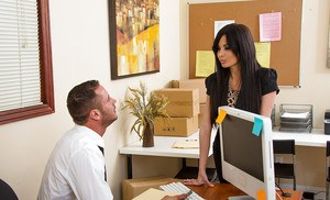 Anissa Kate banging with her rude boss and making him satisfied