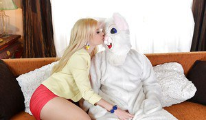 European blonde Charlyse gives blowjob to that guy and eats cumshot