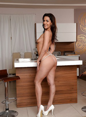 European babe Samia shows her ass and cute body with long legs