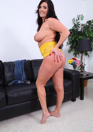 Sammy Brooks spreading delicious ass and shows yummy boobies