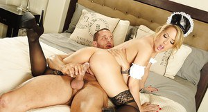 Perfect lover Capri Cavanni needs to ride someone's hard dagger