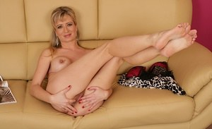 Cute european mature Smantha undressing and spreading legs and cunt