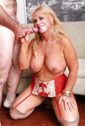 Big tit fatty mature Zena loves to be hardcore fucked in that pussy