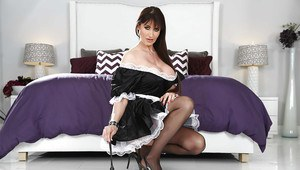 Big ass maid milf Eva Karera want to be fucked in that pussy
