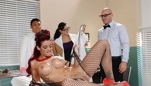 Big ass babe Ryder rips her pantyhose and gets fucked with a toy