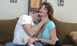 Huge dick guy fucks that big tit cock loving milf on the couch