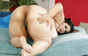 Huge tit fatty Karla unbdressing her hairy pussy and spreading it