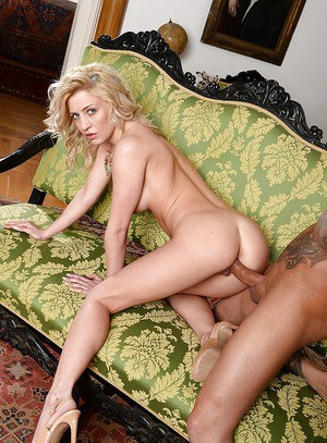 European blonde whore Sienna gets hardcore fucked in her pussy