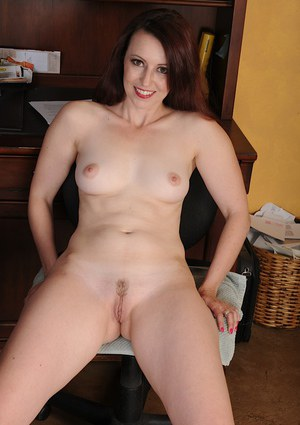 Brunette milf babe Violet undressing and spreading that tight pussy