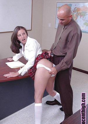 Teen schoolgirl babe Kelly is giving a cute blowjob to that guy