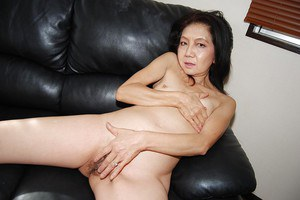 Pretty mature slut with hard nipples Setsuko hardcore masturbating