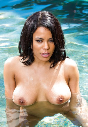 Amazing and sexy Latina housewife Luna naked by the pool