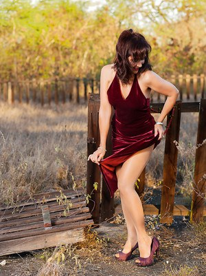 Mature whore Roni is ready to get naked outdoors specially for you