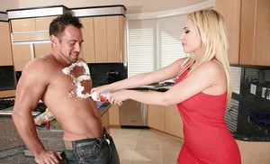 Kagney Linn Karter is the kind of blonde you would like to bang