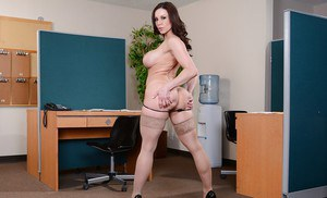 Just as her name suggest Kendra Lust is never satisfies and lustful